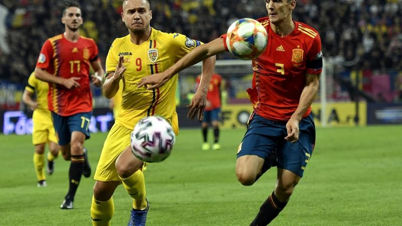 """Naționala României cere FIFA schimbarea regulamentului:""""Fiecare meci să se joace cu două mingi, ca să apucăm să mai dăm şi noi!"""""""