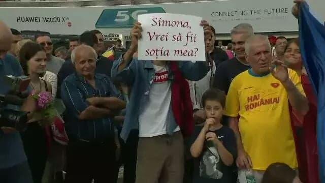 Simona Halep, cerută în căsătorie pe aeroport! Mare atenție să nu fie Tăriceanu!