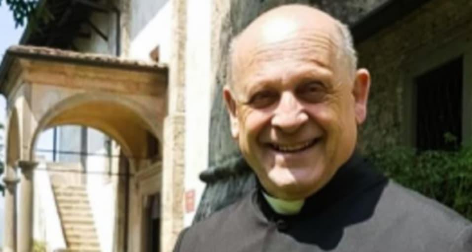 Un preot din Italia infectat cu coronavirus a murit după ce a cedat ventilatorul unui pacient mai tânăr. PreafericitulArşinelodormibine?