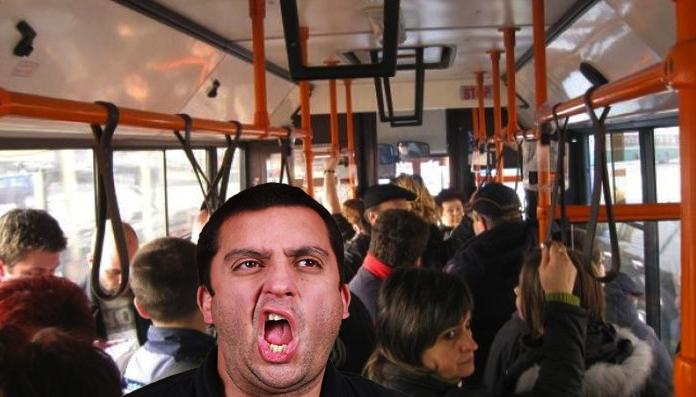 Șic! 7 din 10 bucureșteni emană în autobuz un aer parizian, de la parizer