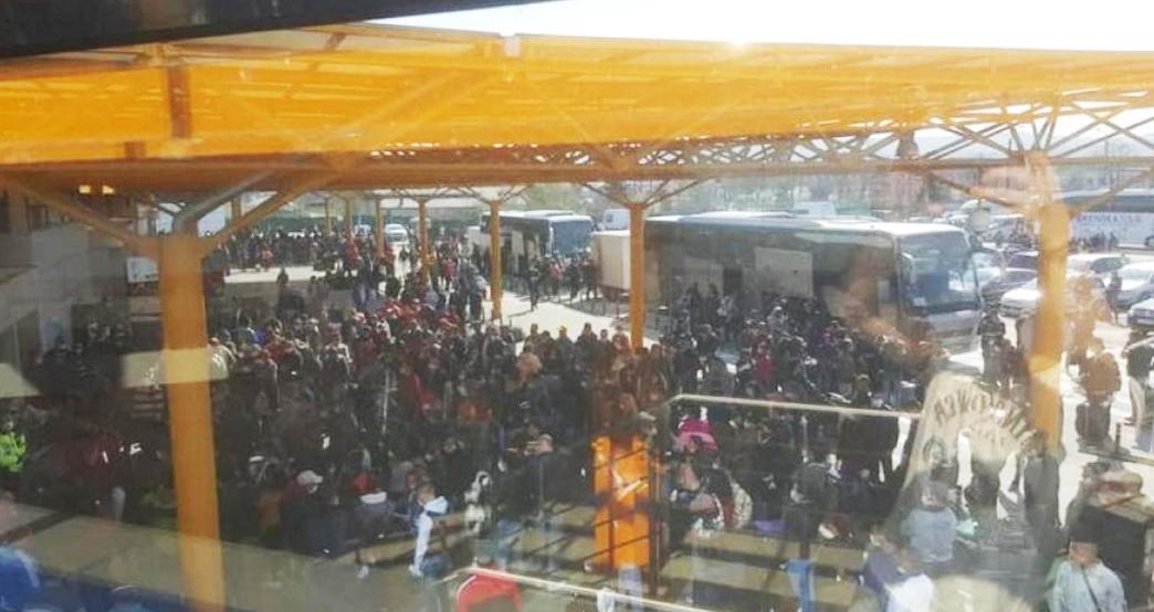 """Autoritățile liniştesc populația: """"Pe aeroportul din Cluj erau doar fraieri care vor să muncească. Pensionarii de 40 de ani nu au plecat nicăieri!"""""""