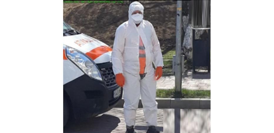 Ambulanțierul din Suceava a murit acasă pentru că i-a fost frică să intre în spital. Gheorghe Flutur, ai dormit bine azi-noapte?