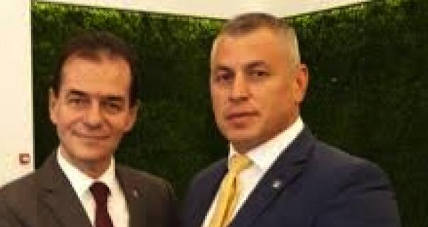 Prim-vicepreşedintele PNL Vrancea dă bacul la 42 de ani. La 28 a terminat gădinița!