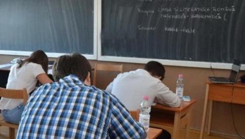 """Cel mai frecvent răspuns dat de elevi la întrebările de la bac este """"Nu știu, eu plec în Italia din august!"""""""