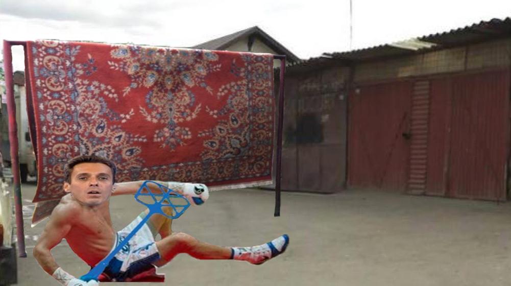 Mircea Badea a fost bătut de un covor în 5 secunde!