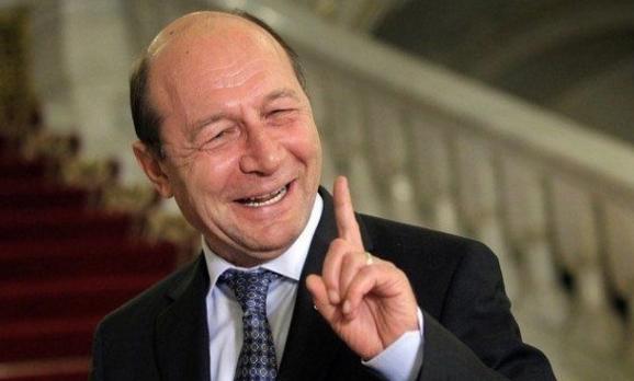 """Băsescu: """"Rusia nu ne poate ataca navele, pentru că le-am vândut!"""""""