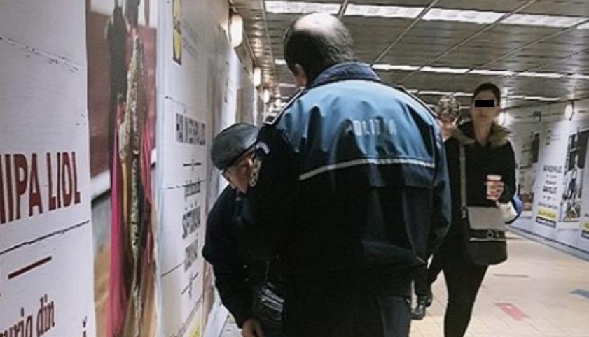 L-au săltat pe bătrânul care cânta din frunză la metrou. România e acum o țară mult mai sigură! Dragnea președinte!