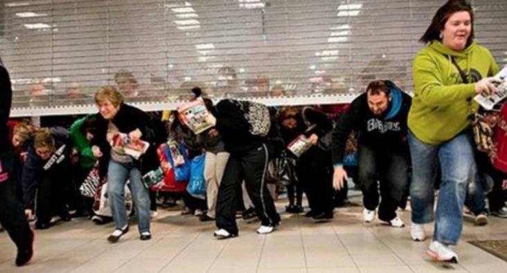 Încă se mai pot cumpăra produse mai ieftine decât cele cu reducerede Black Friday!
