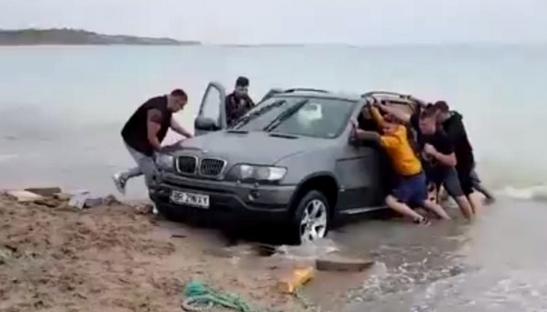 BMW a lansat un model amfibiu pentru litoralul românesc!