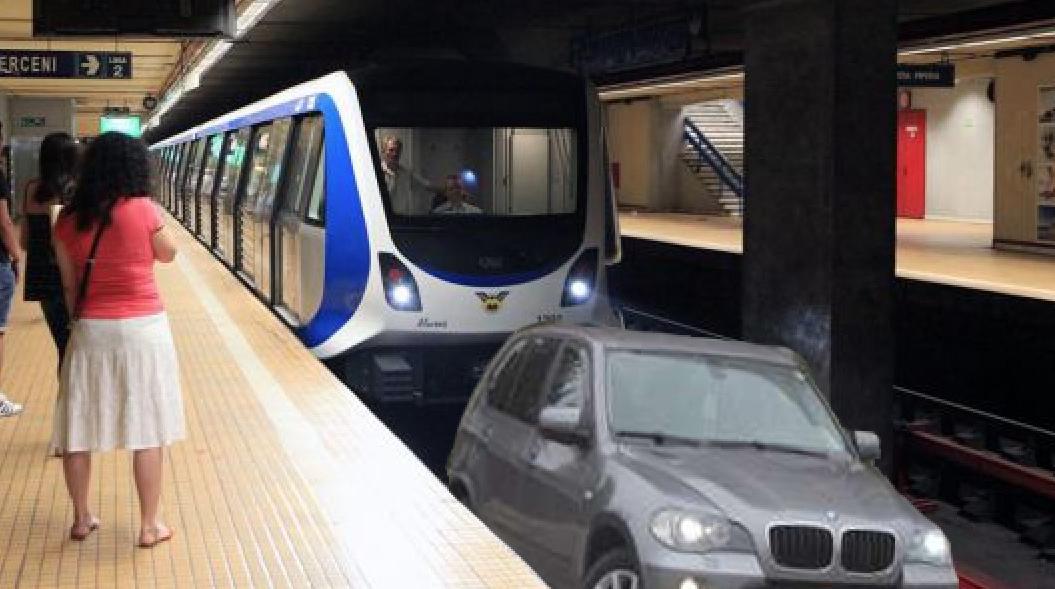 Au apărut BMW-urile care merg pe linia de metrou, că e mai liber decât pe linia de tramvai!