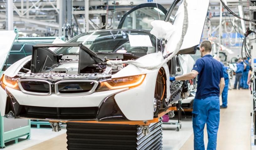 Atac cibernetic devastator la Dacia: de pe linia de producție ies BMW-uri!