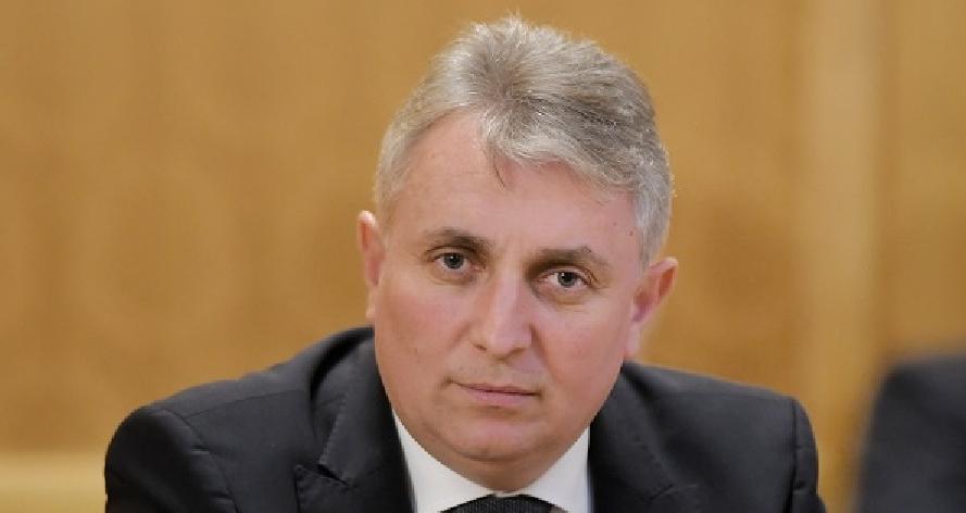 Ministrul de Interne: Cetățenii care sunt la zi cu taxa de protecție nu au de ce să se teamă de interlopi!
