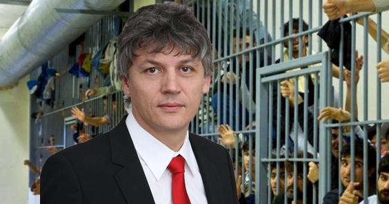 """Deținuții de la Jilava: Îl așteptăm pe domnul Brăiloiu să ne facă o """"la mulți ani"""" la dușuri!"""