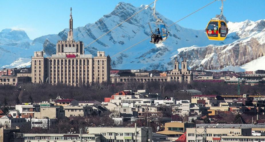 E atât de senin în București încât se văd stațiunile din Elveția mai ieftine decât Poiana Brașov!
