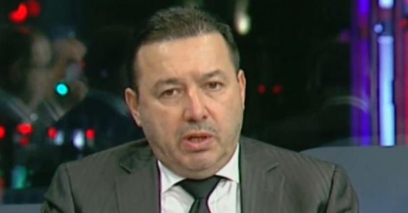 PSD, izvor nesecat de imbecili. Azi: Cătălin Rădulescu, care credecă prin termoscanare ți se accesează datele personale. Lui au vrut să-i acceseze neuronii, dar nu au găsit nimic