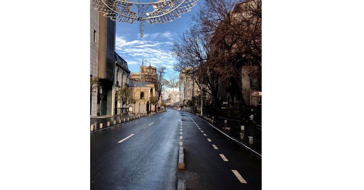 Calea Victoriei, azi. Bucureștenii au plecat acasă!