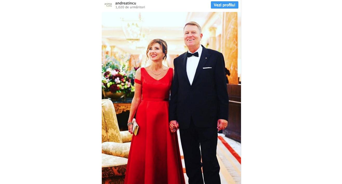 Rochia purtată de Carmen Iohannis la ziua prințului Charles: 2000 de lei. De banii ăștia, Veorica își lua 100 de metri de draperie