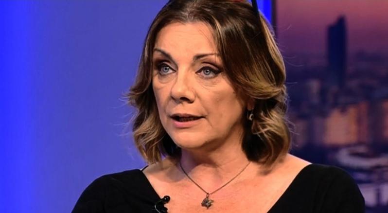 Carmen Tănase, din nou vedetă la Antena3: nu a purtat niciodată mască de protecție!Fuge virusul de ea ca Teodosie de tămâie