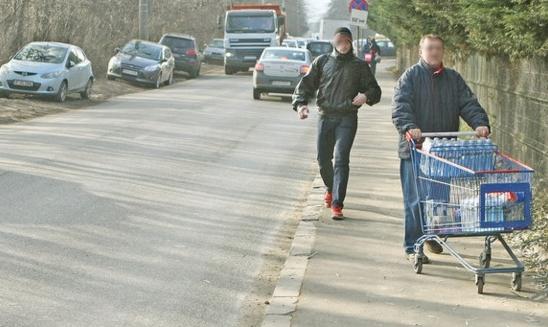 Nu doar trotinetele electrice, ci și cărucioarele de le Kaufland vor trebui înmatriculate!