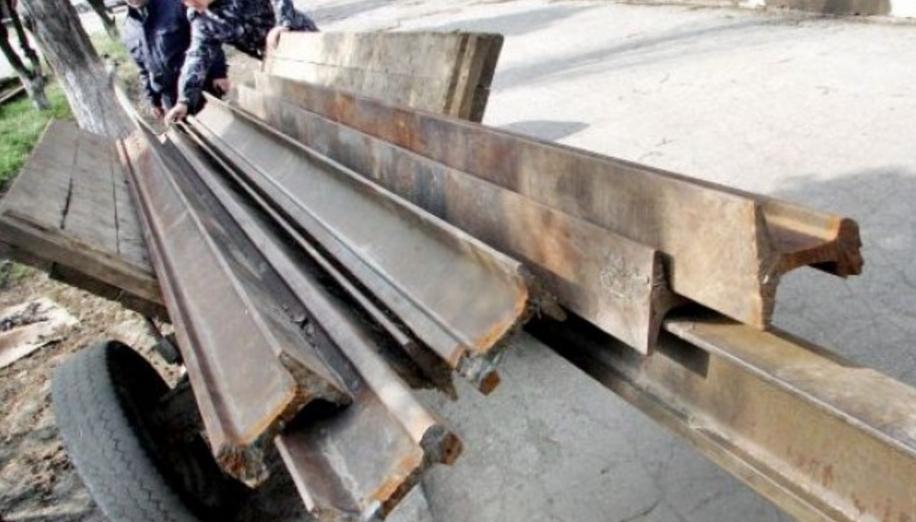 Cutremur în lumea științifică: Cercetătorii rromi au descoperit fer vechi pe calea ferată!