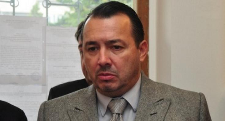 Nimic anormal pentru România: deputat PSD ar trage în protestatari cu AKM-ul