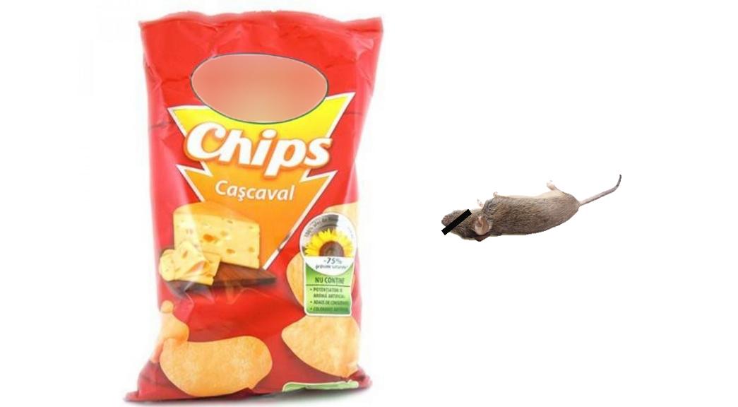 Șoricel găsit sufocat într-o pungă de chipsuri! Producătorul își cere scuze că nu a pus destul aer!