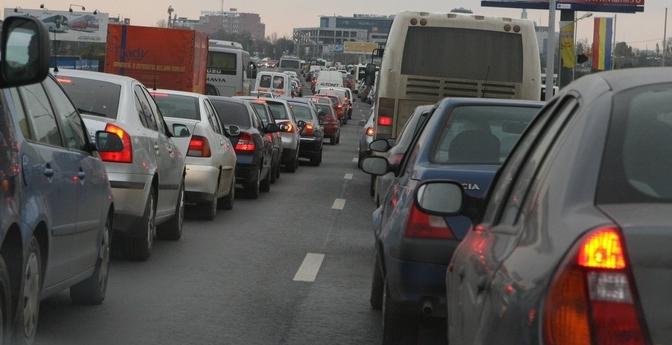 """Bucureștenii au început să plece în vacanța de 1 Mai: """"Vrem să prindem liber pe DN1!"""""""