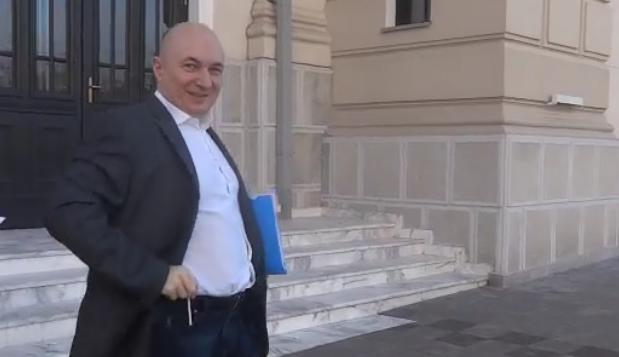 """Nu uitați: Codrin Ștefănescu răspunde dacă îl strigi """"cap de sculă""""!"""