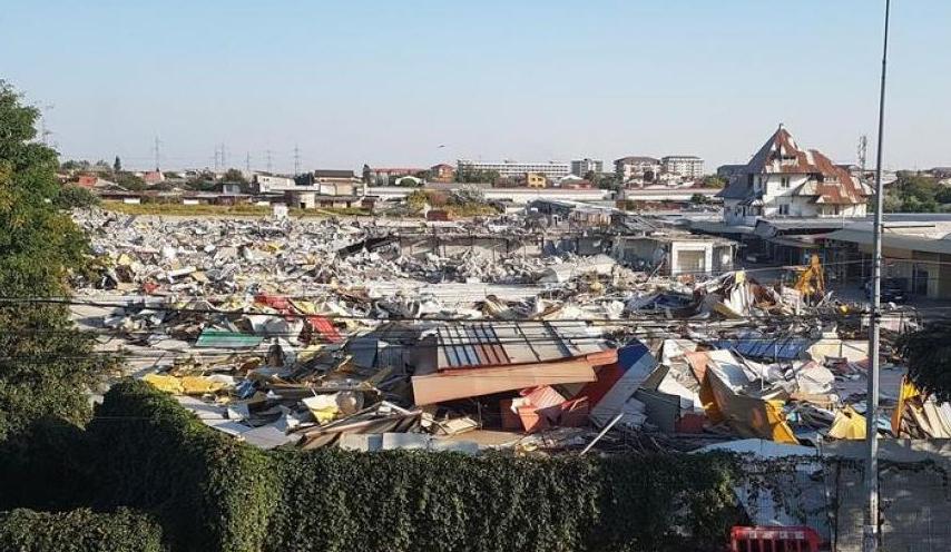 """Firmele Pawasonic şi Adibas dau statul român în judecată pentru că s-a demolatComplexul """"Europa""""!"""