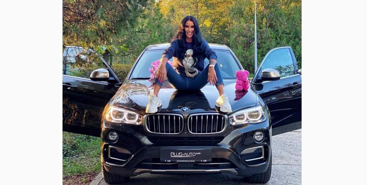 Daniela Crudu şi-a luat BMW de 100.000 de euro!Meseriile vechi de când lumea şi verificate de-a lungul a mii de ani merg şi în pandemie!