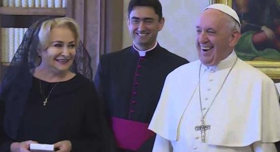 """Avem discuția Vioricăi cu Papa cu sonor: """"Domnule Papa, veniți în 20-19 în România?"""""""