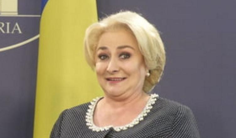 A fost odatăca-n povești/A fost ca candidată/În fruntea Țării Românești/O mare idioată