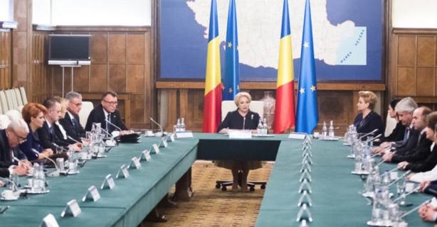 Rugăm Finlanda să preia și guvernarea României!