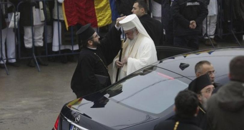 """Patriarhul Daniel: """"Mercedesul de lux este al SPP, adică al Sfinților Petru și Pavel!"""""""