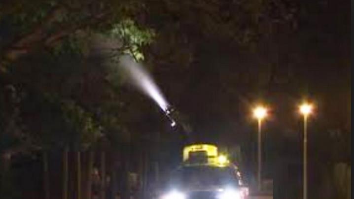 Sute de victime în Berceni după ce autoritățile au încurcat gazul pentru țânțari cu gazul pentru 10 August!