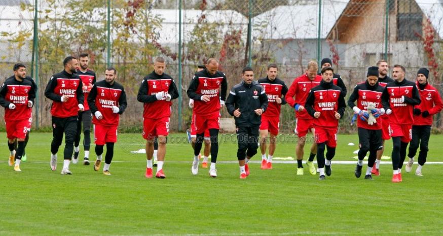 Fotbaliştii dinamovişti, epuizați: pe lângă Champions League, acum trebuie să se pregătească şi pentru Superligă!