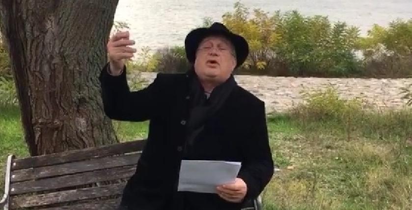 """Mircea Dinescu: """"Iohannis e prost ca un dulap săsesc!Mi-e dor de kurul lui Dragnea, care era generos ca un cufăr cuman!"""""""