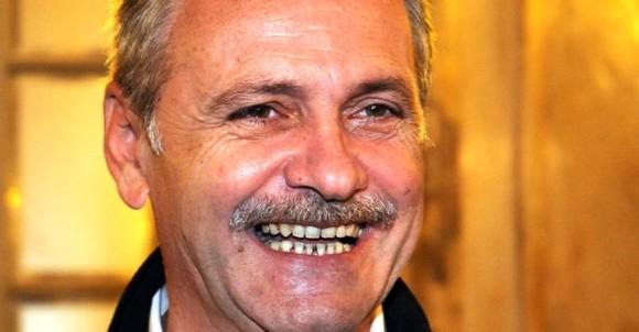 Dragnea a fost eliberat ieri pentru 24 de ore deoarece nimeni nu reușea să-i sperie pe români de Halloween așa cum o face el cu dinții ăia!