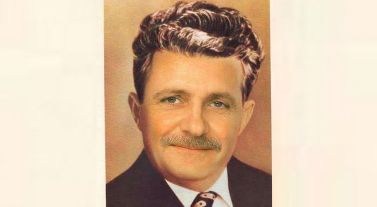 Liviule, vezi că idolul tău Ceaușescu mai întâi a făcut pușcărie și după aia a fost dictator!