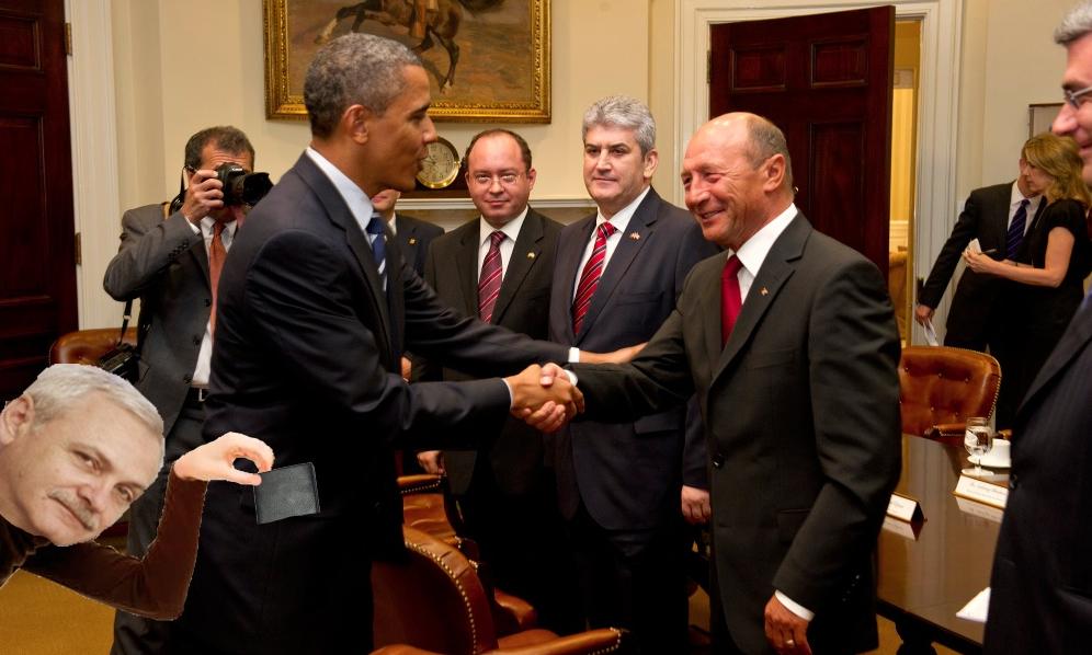 A apărut și poza cu Dragnea când dă mâna cu Obama!