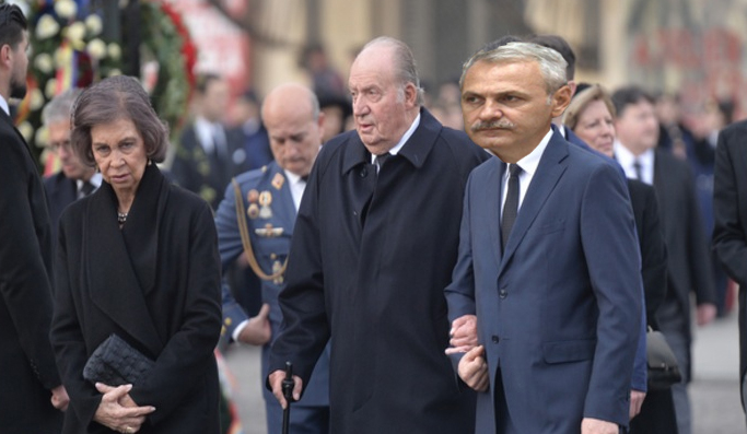 Incident diplomaticla înmormântare: regele Juan Carlos l-a invitat pe Dragnea la căpșuni!