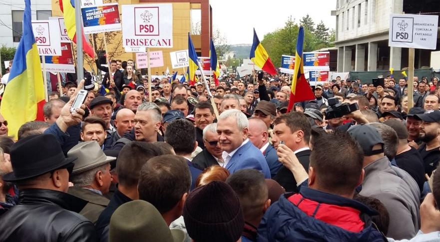 Dragi susținători PSD, nu mai mergeți la mitinguri! Stați acasă și păziți-vă aragazul și frigiderul!