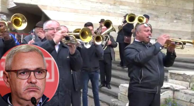 Cât de dobitoc să fii să bagi trompete ca să nu se audă cum te huiduie lumea?