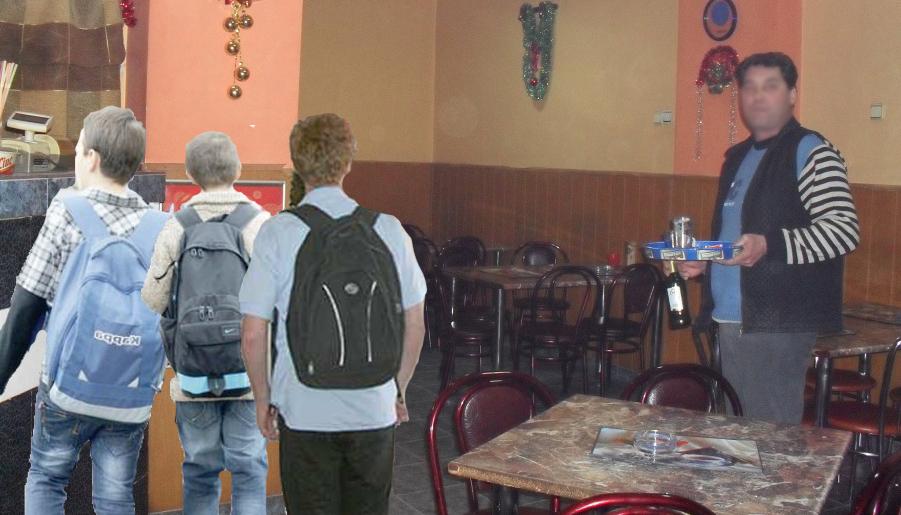 În prima zi de școală, elevii din Moldova au luat cârciumile cu asalt. Doar acolo au găsit caiete!
