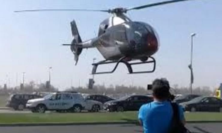 Să aterizezi cu elicopterul în aglomerație și să nu pățești nimic - asta e țara unde, dacă ai bani, te poți căca în capul tuturor!