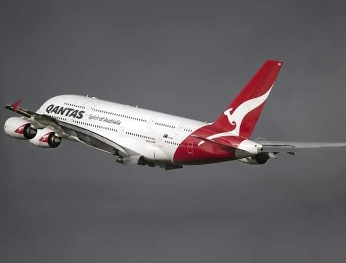A fost realizat cel mai lung zbor din lume, între New York și Sydney. Dacă afla Cuc, nu se mai realiza nimic, rămânea avionul la sol