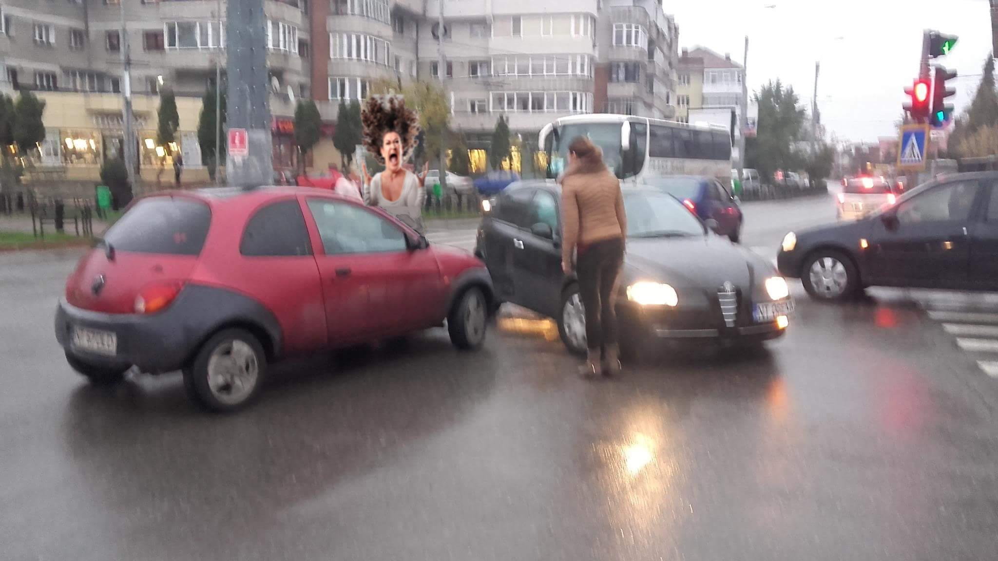 """Reglementare nouă în Codul Rutier: """"Când se întâlnesc două femei în trafic, ambele au prioritate"""""""