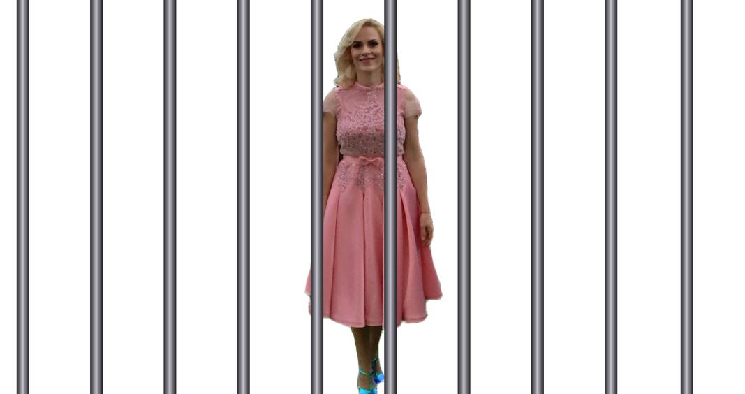 Companiile municipale ale luiFirea au fost înființate ilegal. Pupăza roz merge la colivie!
