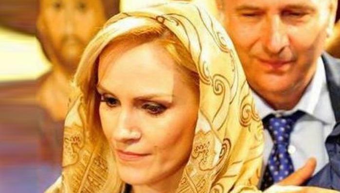 """Firea: """"Când a fost condamnat Dragnea, eram lângă o icoană făcătoare de minuni"""". Roagă-teși pentru Tăriceanu!"""
