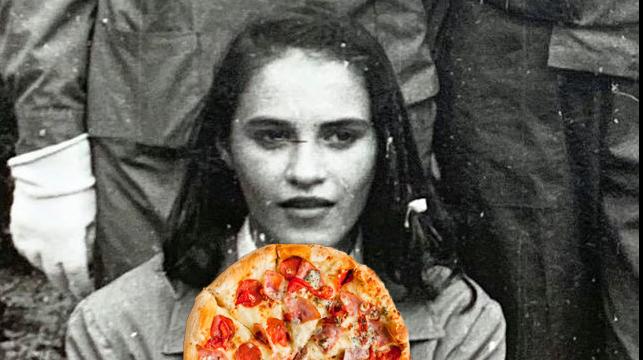 Când a văzut pizza prima dată, Fireaa crezut că e ceas de perete şi umbla cu ea atârnatăde gât!